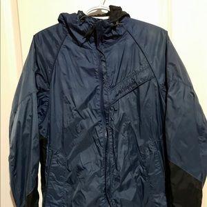 Men's Columbia Rain-jacket. Size M.